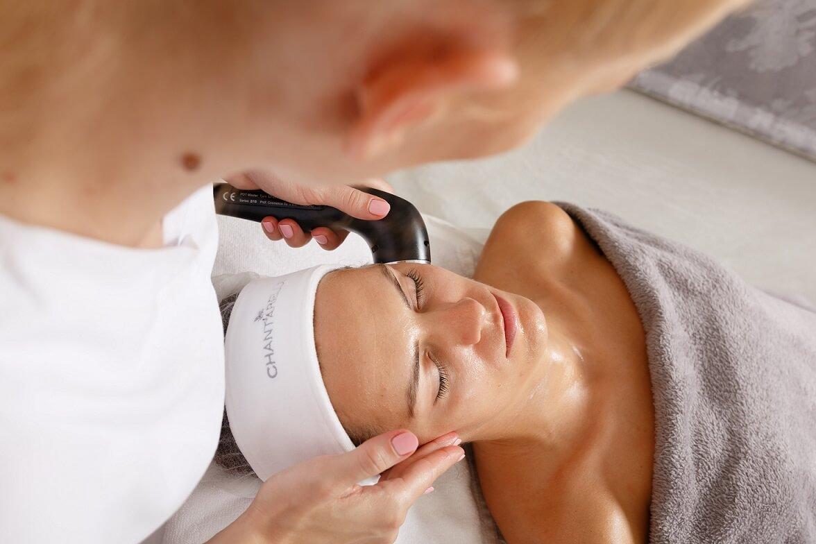 Laser na twarz - laseroterapia twarzy